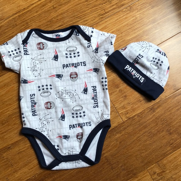 huge discount bb75a eda5f New England Patriots Baby outfit